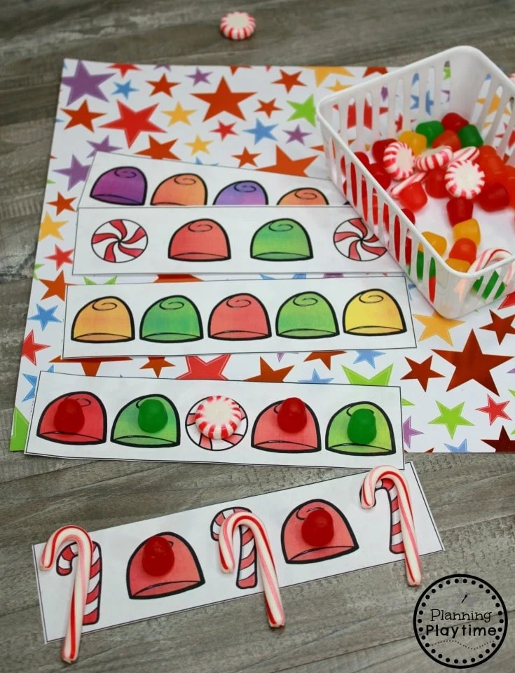 Preschool Patterns Game - Gingerbread Man Printables #gingerbreadmanprintables #gingerbreadmanworksheets #gingerbreadmantheme #preschool #preschoolworksheets #planningplaytime