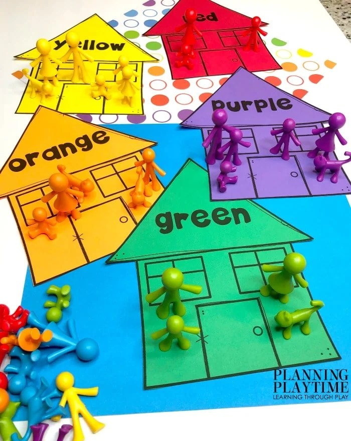 All About Me Theme color houses with little people counters sorted by color