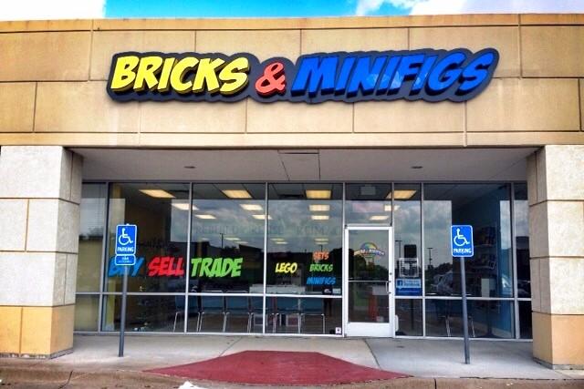 Bricks & Minifigs Plano