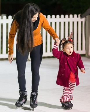ice-skating_Dickens_Downtown_Plano