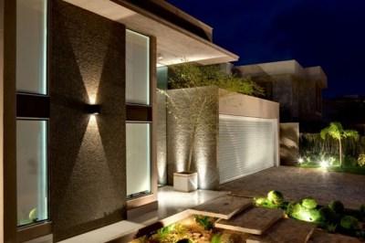 Frentes de casas modernas (7)