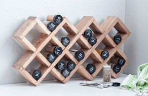 <img source='pic.gif'='wooden spice rack'/>