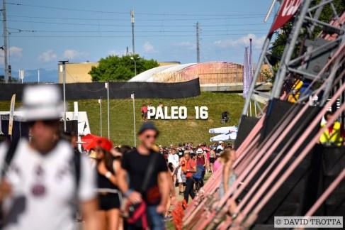 JUILLET   A Nyon, le Paléo Festival se lance pour sa part dans l'édition 40+1. S'y produiront Iron Maiden, Muse, Les Insus ou Michel Polnareff. Photo: © David Trotta. VOIR LES GALERIES: https://planscultes.ch/2016/07/20/ambiance-paleo-festival/    https://planscultes.ch/2016/07/21/ambiance-paleo-festival-2/