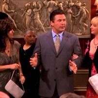 Alec Baldwin a incarnée le petit ami de Phoebe dans les épisodes 17 et 18 de la saison 8.