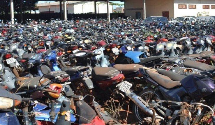 """Defurv pode leiloar 328 motocicletas que foram """"abandonadas"""" pelos donos"""