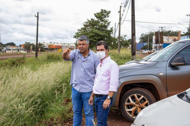 Prefeito busca sugestões com empresários da perimetral Wilson Beltramin para possível projeto de urbanização das margens da BR-267