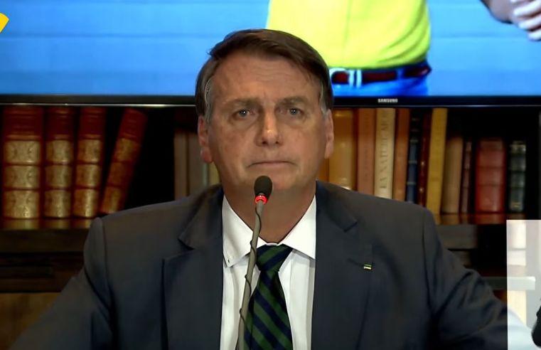 Bolsonaro diz que não vai interferir em preços e indica novo aumento de combustíveis