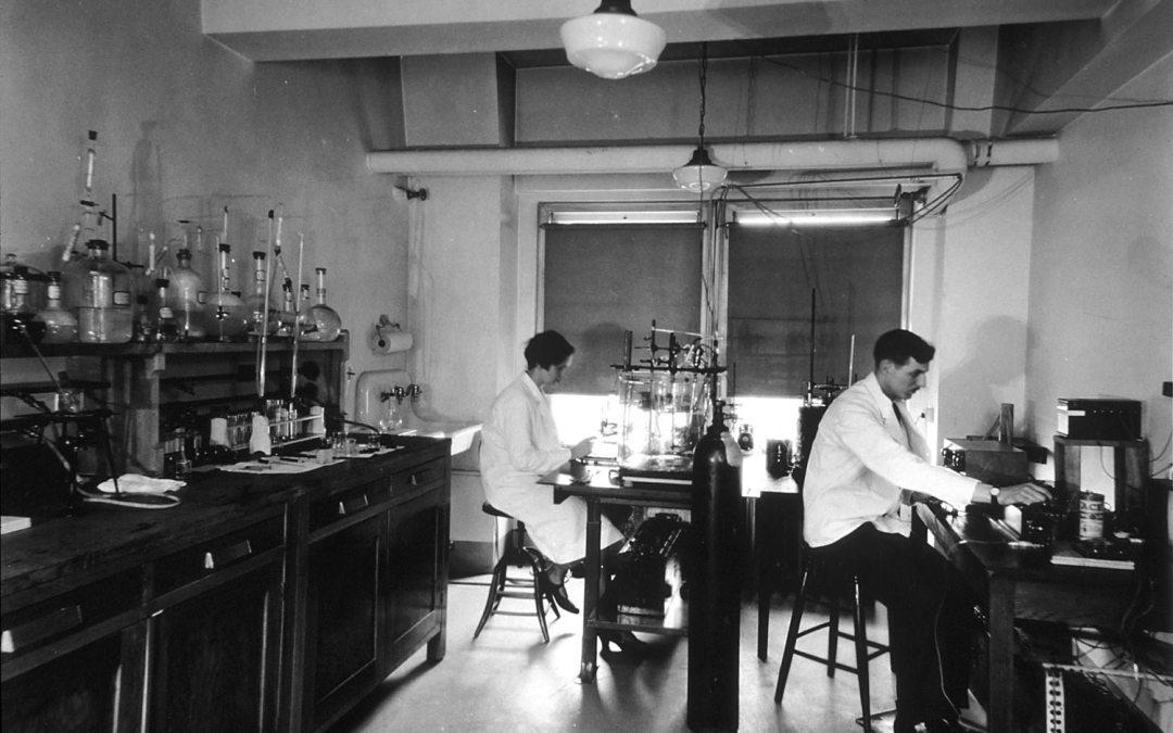 Investigaciones Cientificas sobre las Drogas en México durante la Primera Mitad del Siglo XX
