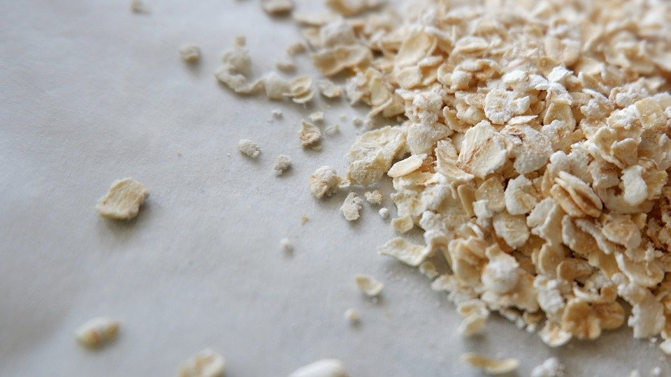 Oatmeal ready to made and processed into oat flour