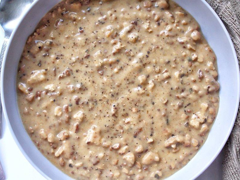 Vegan tofu sauasge gravy in a gray bowl