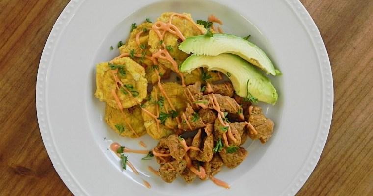 "Chicharrones de ""Pollo"" con Tostones (Chicken Chicharrones and Fried Plantains) – Vegan"