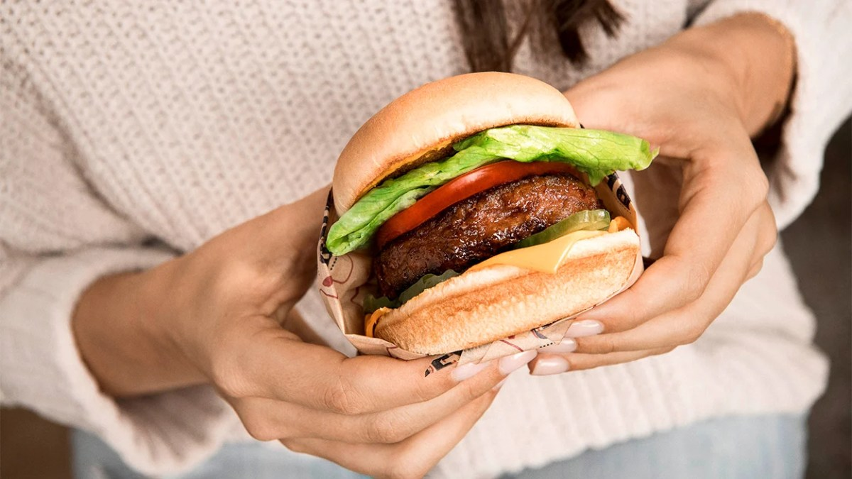 Is Beyond Meat healthy? Image of the Beyond Burger