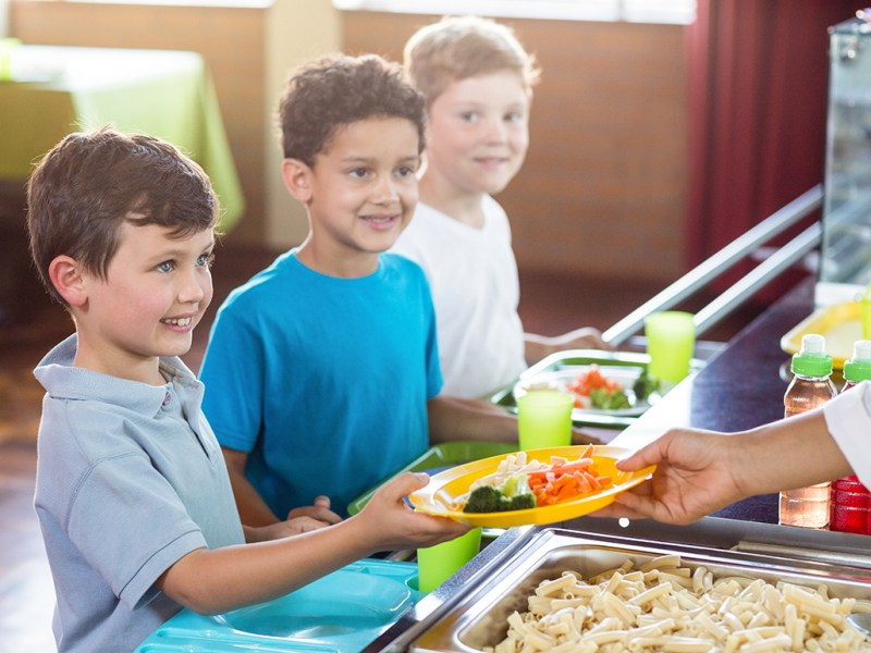 School offering veggie dishes to help reduce meat