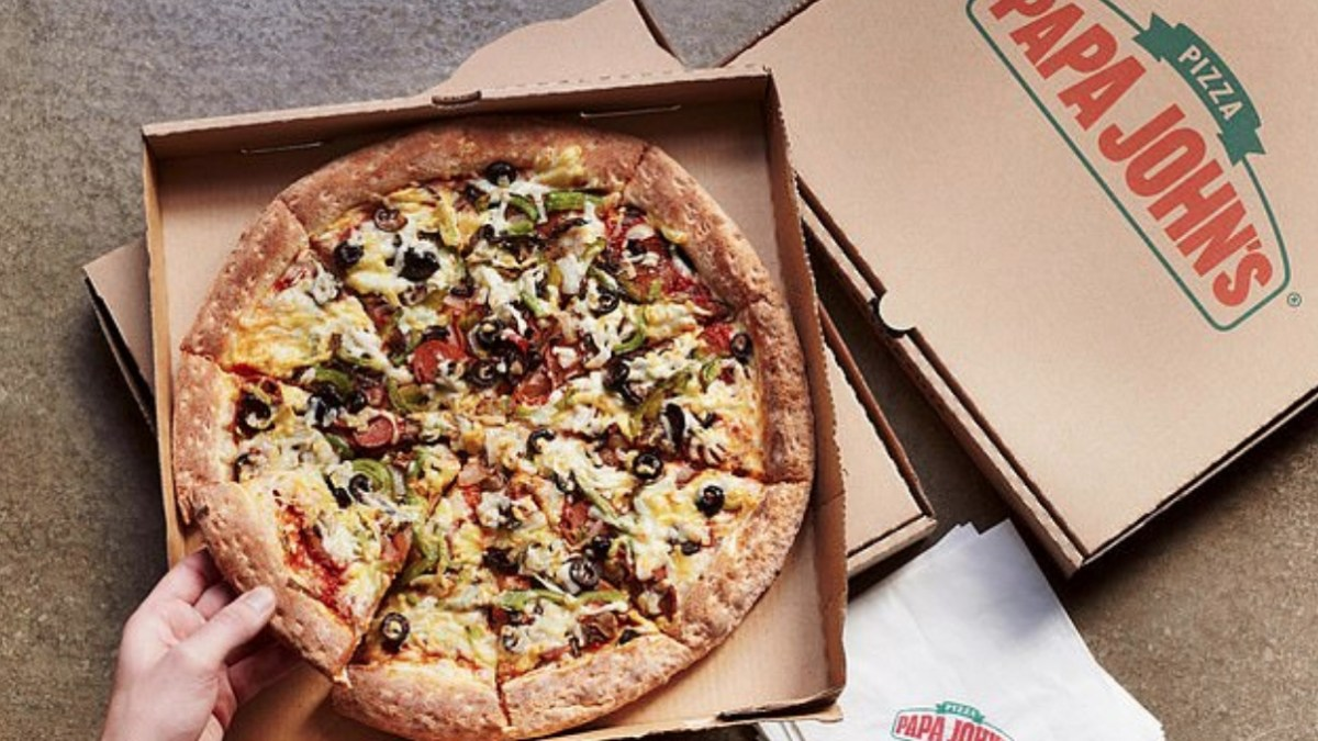 Papa John's the Vegan Works pizza