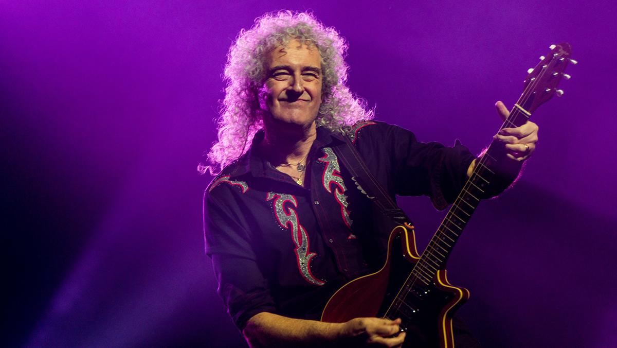 Brian May playing guitar