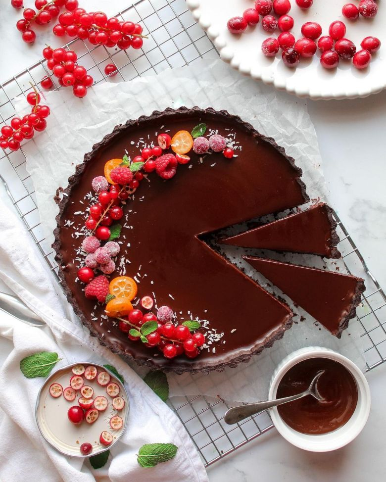 Cranberry Orange and Chocolate Tart