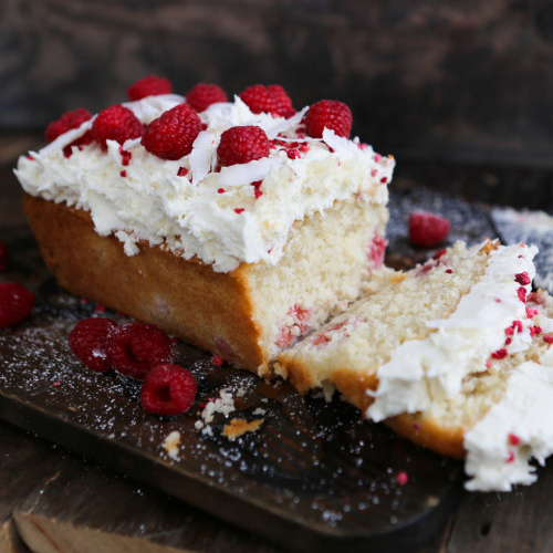 Coconut & Raspberry Cake with White Chocolate Icing