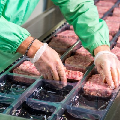 The UK meat industry is seeing declines in slaughter figures following labor shortages due to Brexit and COVID-19