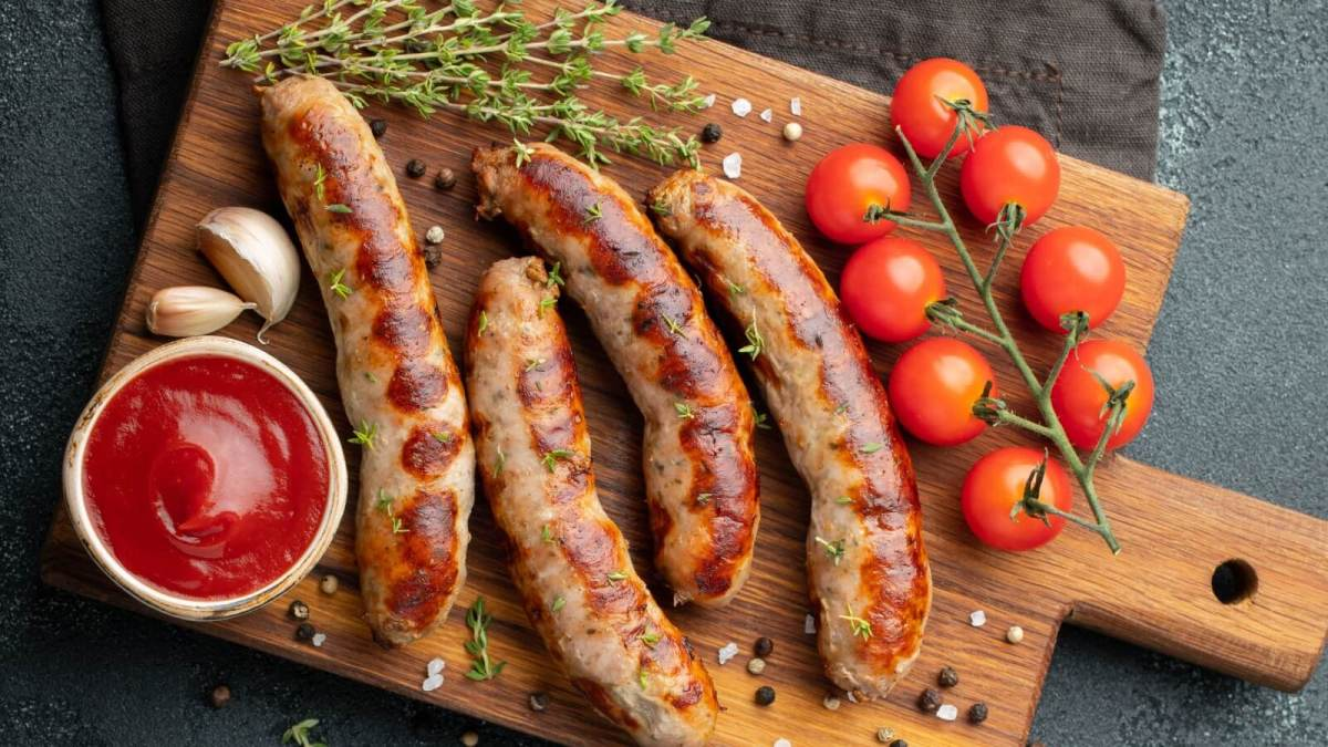 India's First Vegan Meat Company Launches Chicken And Pork Sausages To Help The Planet
