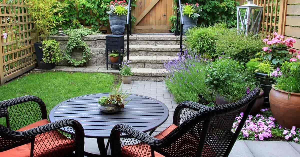 How To Succeed With Challenging Small Backyard Landscape