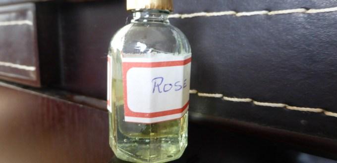 rose-huile-essentielle