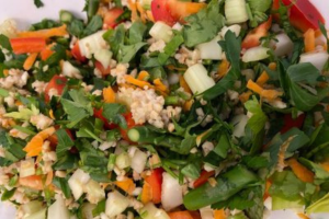 Read more about the article Asian Salad on Nori – The Happy Food Chef Robin Joy