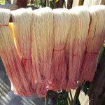 tofarvet plantefarvet garn