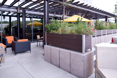 DeepStream LEED 100% Recycled Plastic Ipe Brown Planter