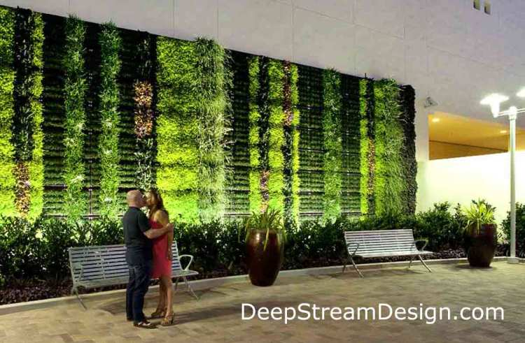 Click to DeepStream Website for more info on Commercial Green Wall Planters