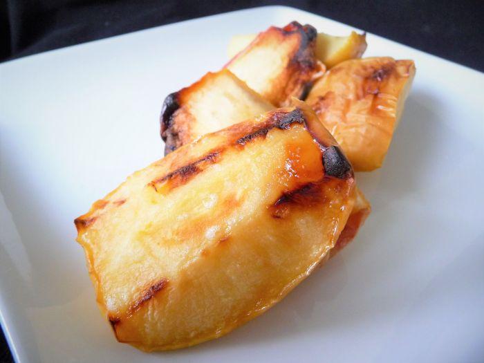 Easy Broiled Apples - Healthy, Gluten-Free, Oil-Free, No Sugar Added, Plant-Based, Vegan Fruit Dessert Snack Recipe