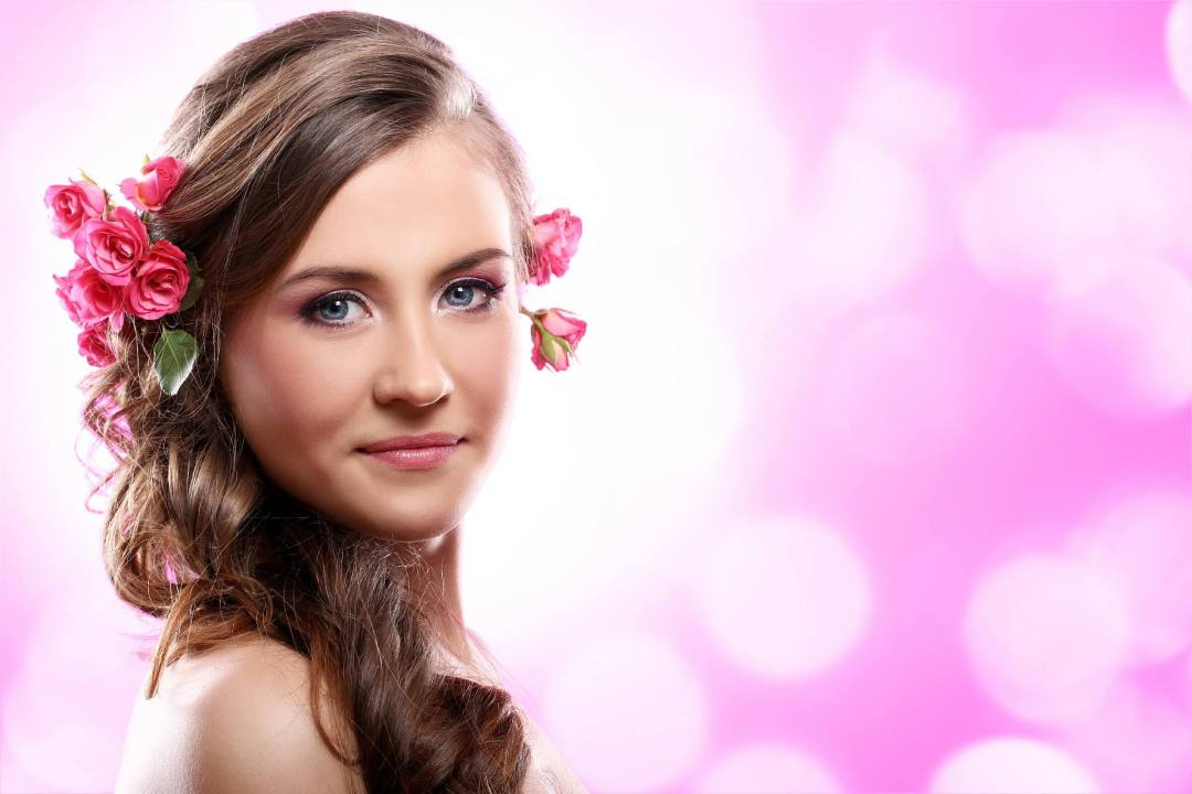Beautiful Wedding Makeup Ideas with Allover Pink look