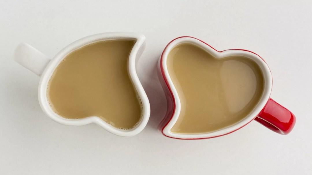 Heart Coffee Mugs are Perfect Valentine Decoration Ideas for Office