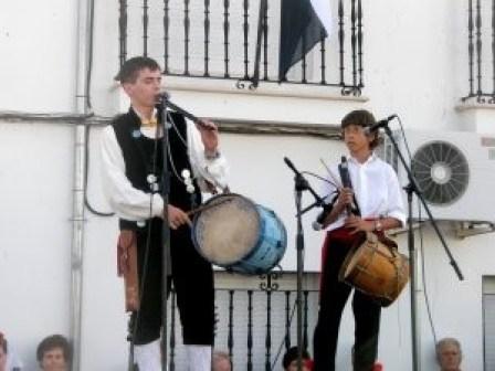 Jóvenes tamborileros en Jarilla en ediciones pasadas