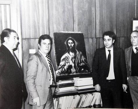 El gobernador civil Tafalla y Teófilo González Porras enseñan El Greco recuperado. DIARIO HOY