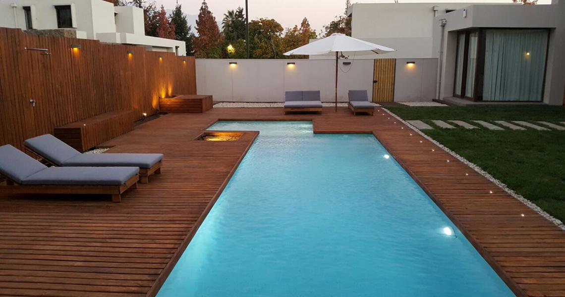 Quincho y piscina Casa MM  PLARQ