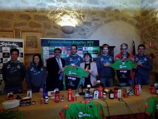 El Ecopilas Extremadura MTB presenta su proyecto en el Parador de Plasencia
