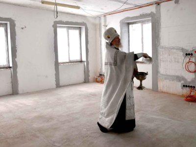крещение завода Пластмасс Групп