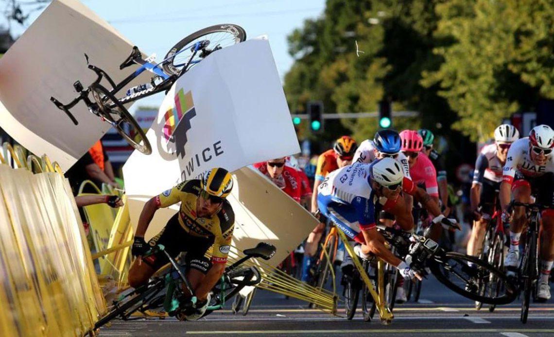 Cyclist Groenewegen banned nine months over Jakobsen horror crash -  Plataforma Media