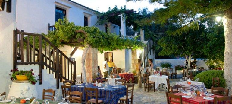 Manousakis Winery Tour