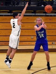 Highlands.Hayesville.basketball.varsity (20)