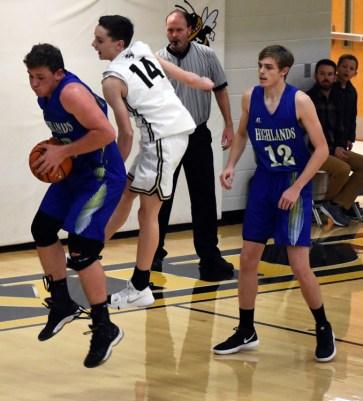 Highlands.Hayesville.basketball.varsity (32)