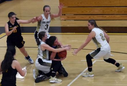 Highlands.Hayesville.basketball.varsity (4)
