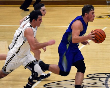 Highlands.Hayesville.basketball.varsity (6)