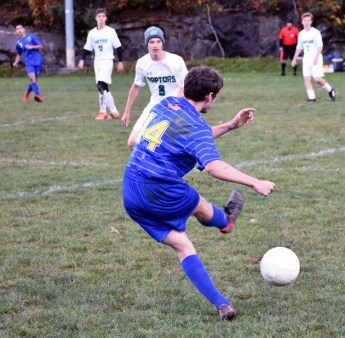 Highlands.Soccer.varsity (14)