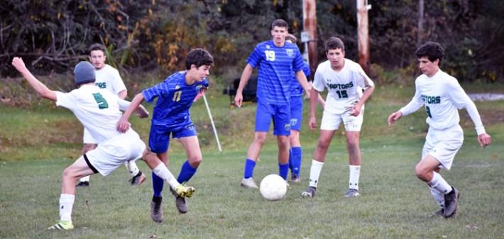 Highlands.Soccer.varsity (3)