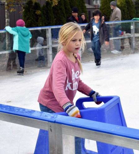 Ice.skating.11.18 (16)