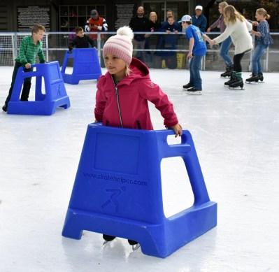 Ice.skating.11.18 (33)