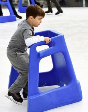 Ice.skating.11.18 (36)