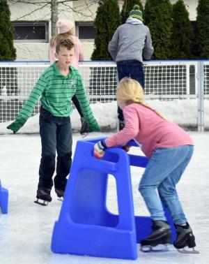 Ice.skating.11.18 (55)