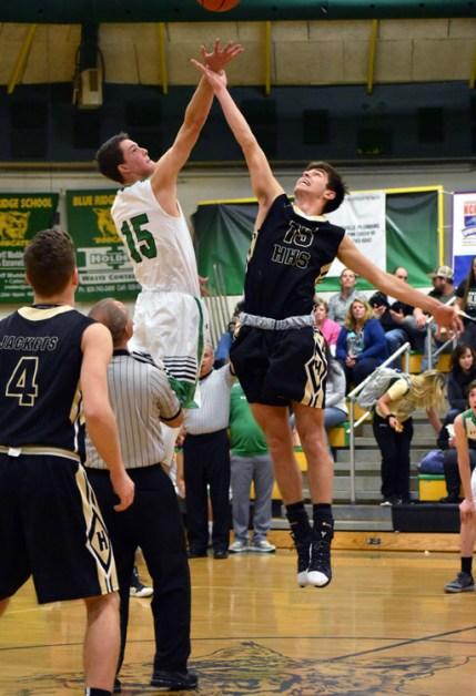 BR.Hayesville.basketball.V (25)